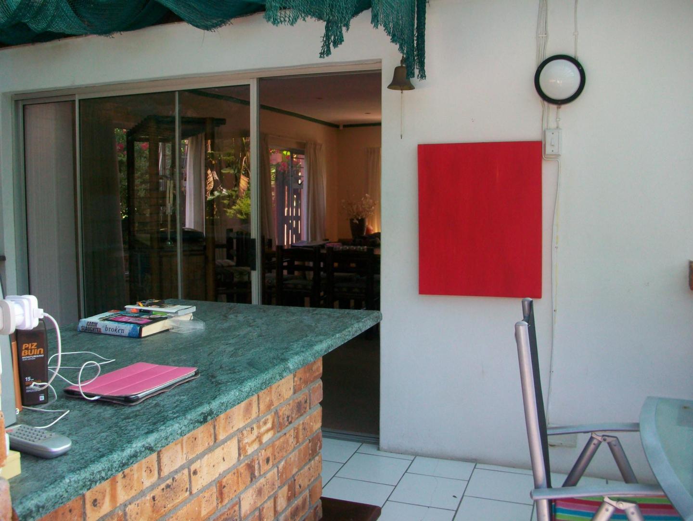 4 BedroomHouse To Rent In Somerset West