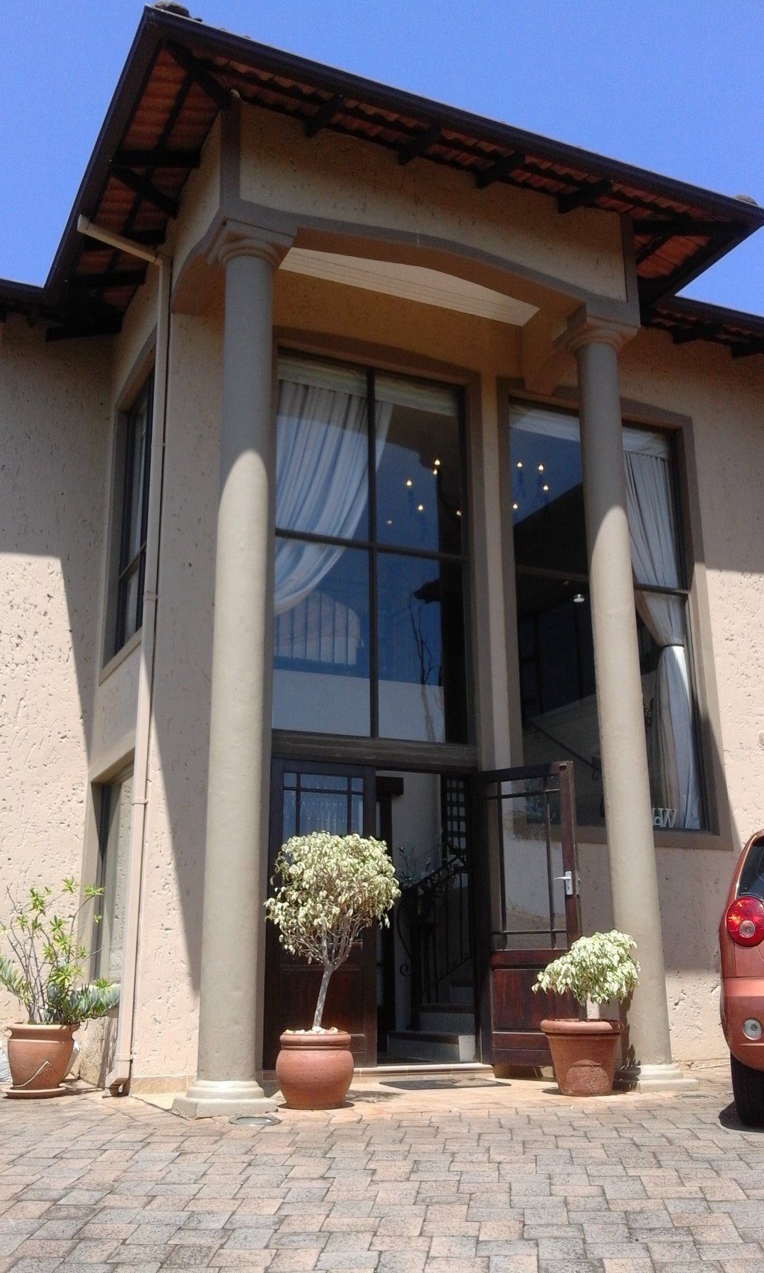 4 BedroomTownhouse For Sale In La Lucia