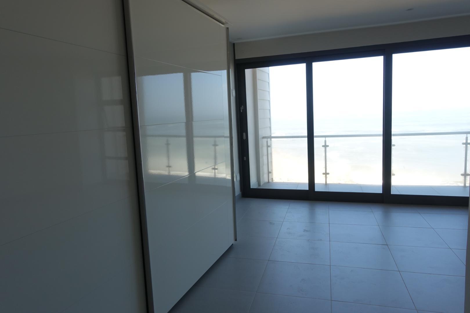 Master bedroom on 3rd floor Sea-facing
