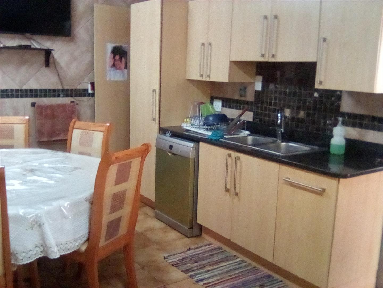 5 Bedroom House In Lyndhurst Johannesburg For Sale For R