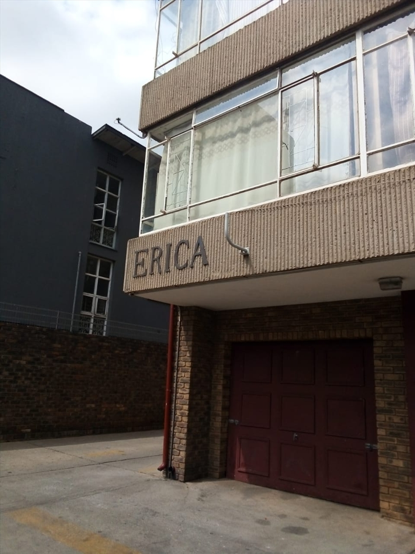 Erica Apartments with garages on ground level