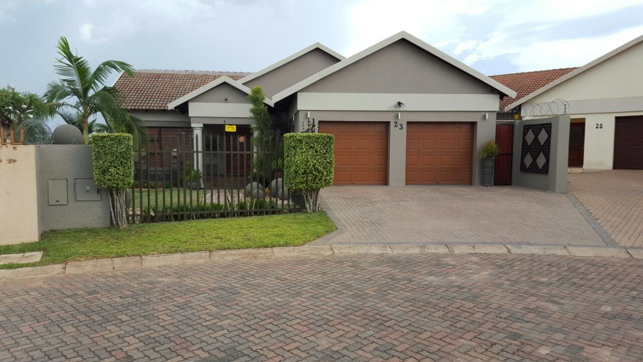 3 BedroomHouse For Sale In Stonehenge Ext 1
