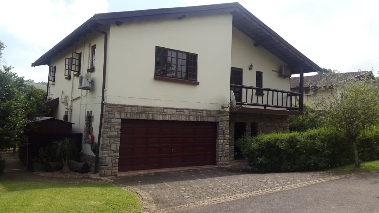 4 BedroomTownhouse For Sale In Assagay