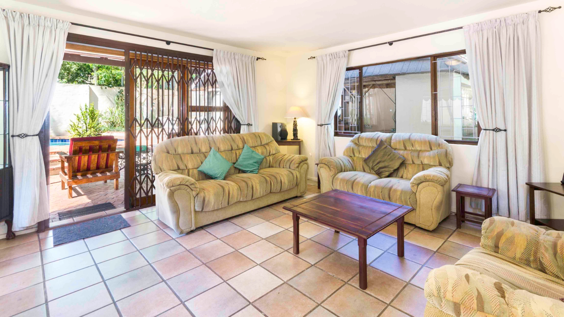 4 Bedroom House in Durban North, Durban For Sale for R 2,449,000 #1849484