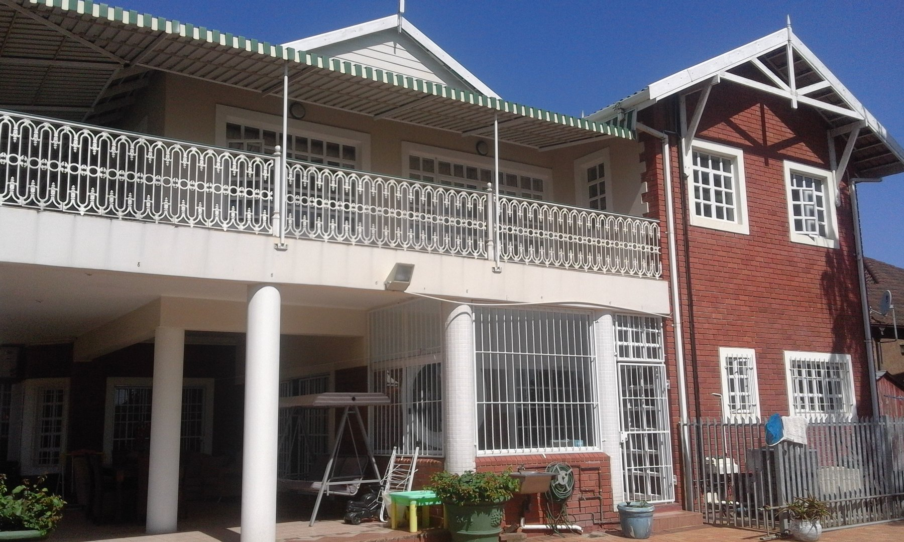 6 BedroomHouse For Sale In Mount Edgecombe