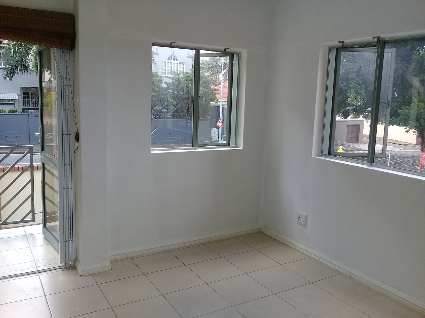 2 Bedroom Apartment for sale in Windermere 1831184 : photo#4