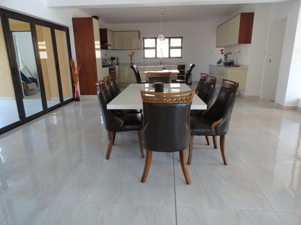 5 BedroomHouse For Sale In Umhlanga Ridge