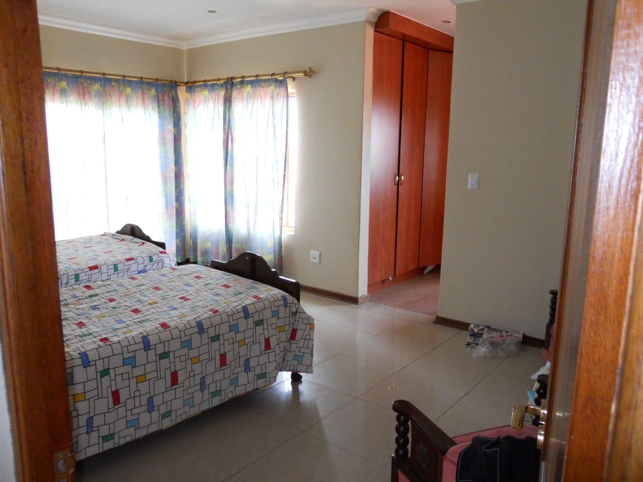 Main bedroom view towards en-suite bathroom