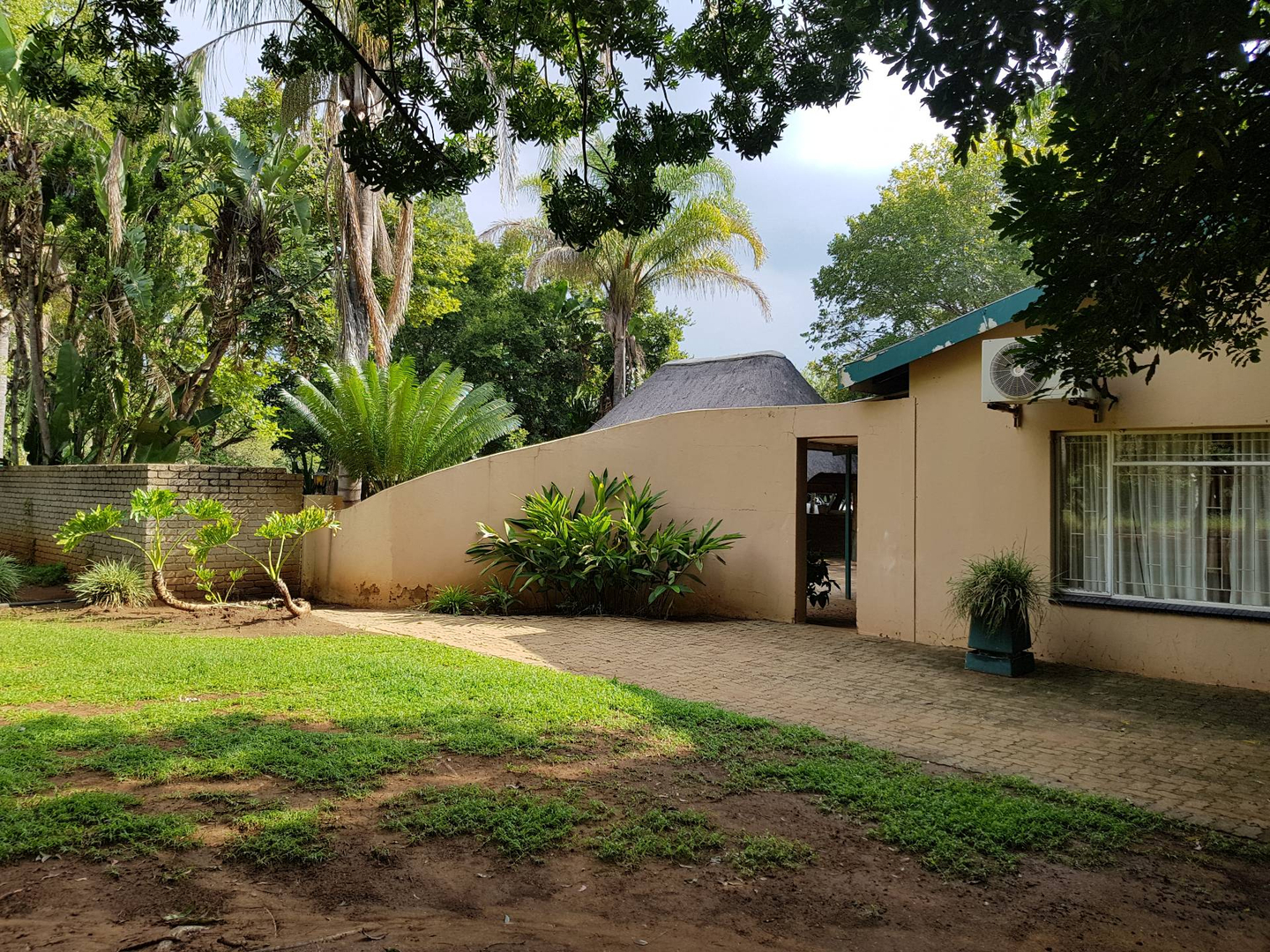 5 BedroomHouse For Sale In Mooinooi