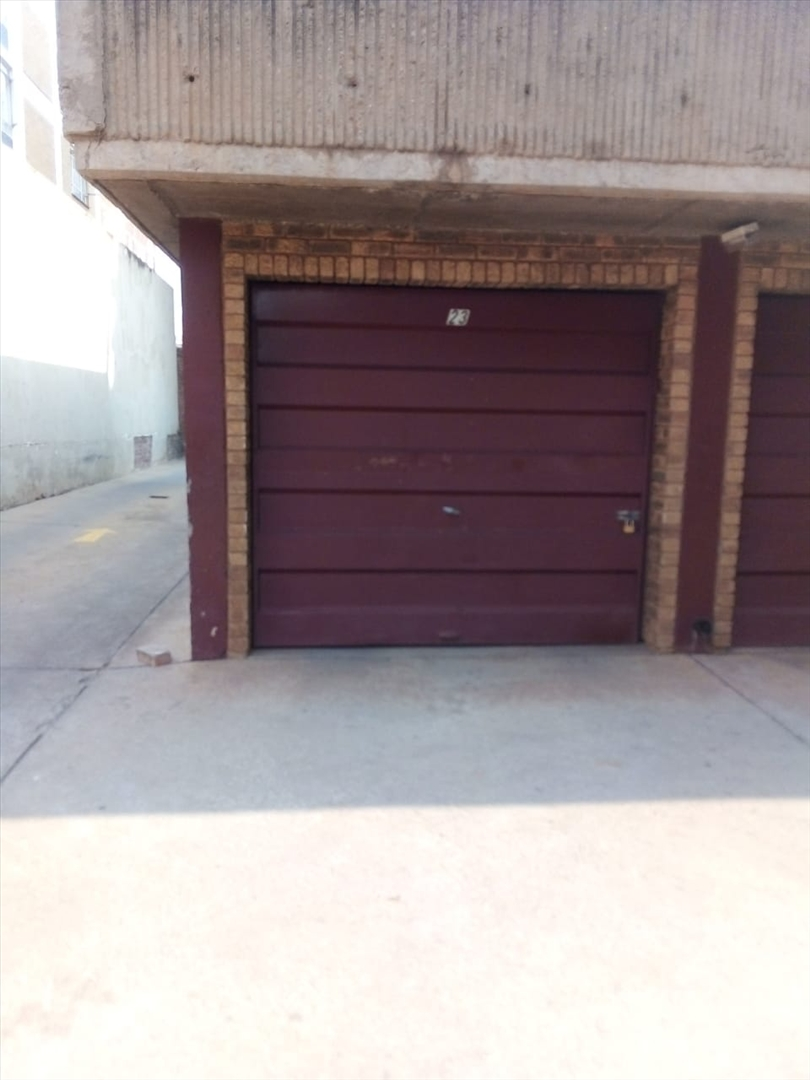 Separate private lockup garage