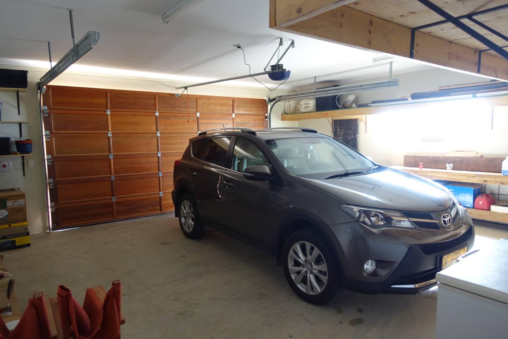 Double garage 55sqm