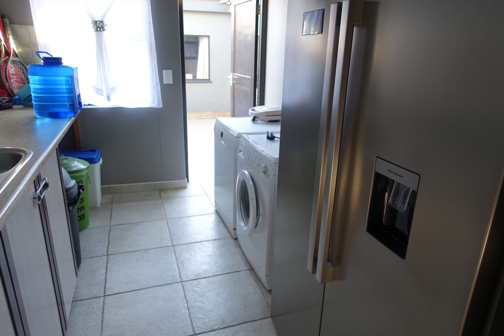 Scullery / laundry room