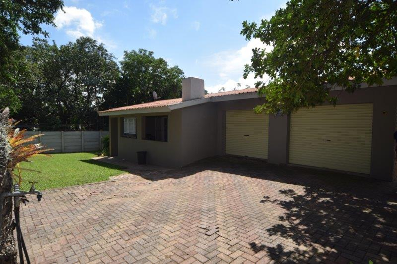 3 BedroomHouse To Rent In West Acres Ext 3