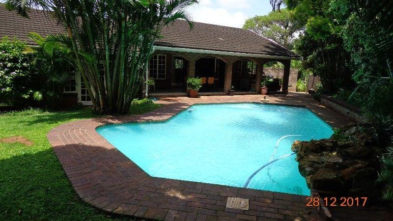 4 Bedroom House for sale in La Lucia 1801893 : photo#3