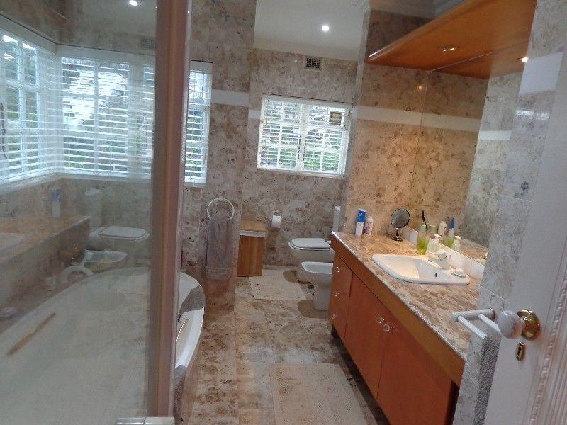 4 Bedroom House for sale in La Lucia 1801893 : photo#10