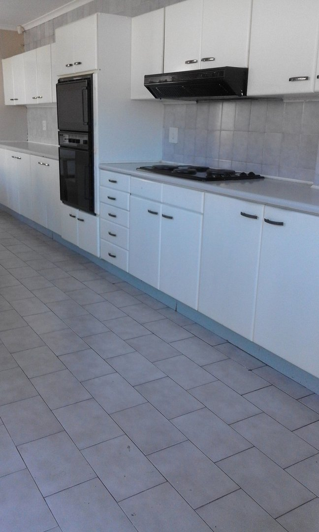 4 BedroomHouse To Rent In Glenashley