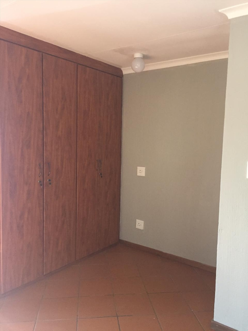 Built-in cupboards in flat
