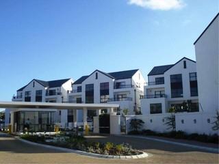 2 BedroomApartment To Rent In Somerset West