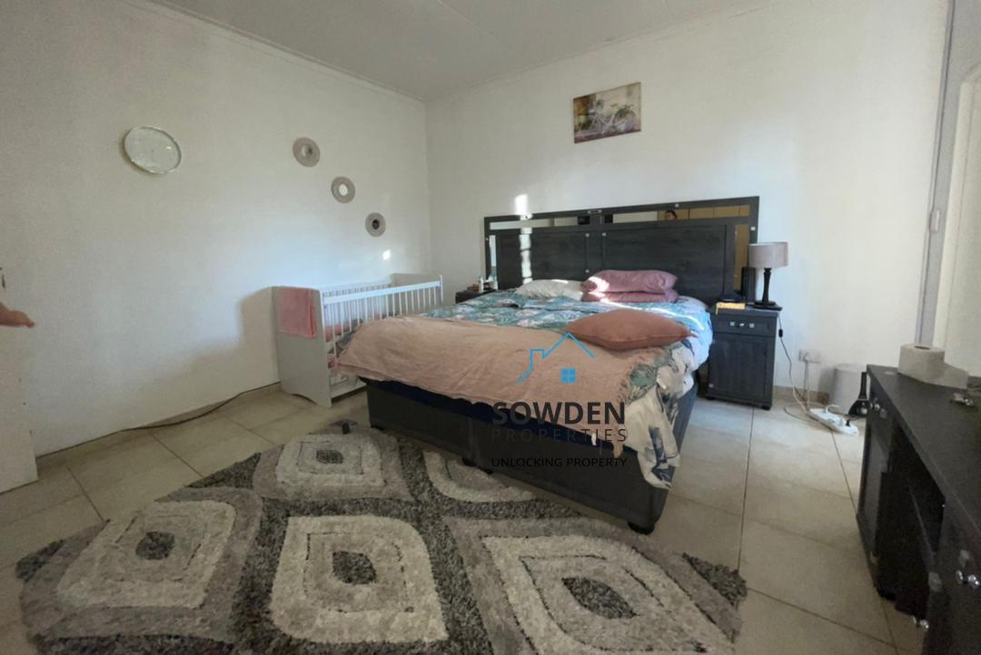 Bedroom main dwelling