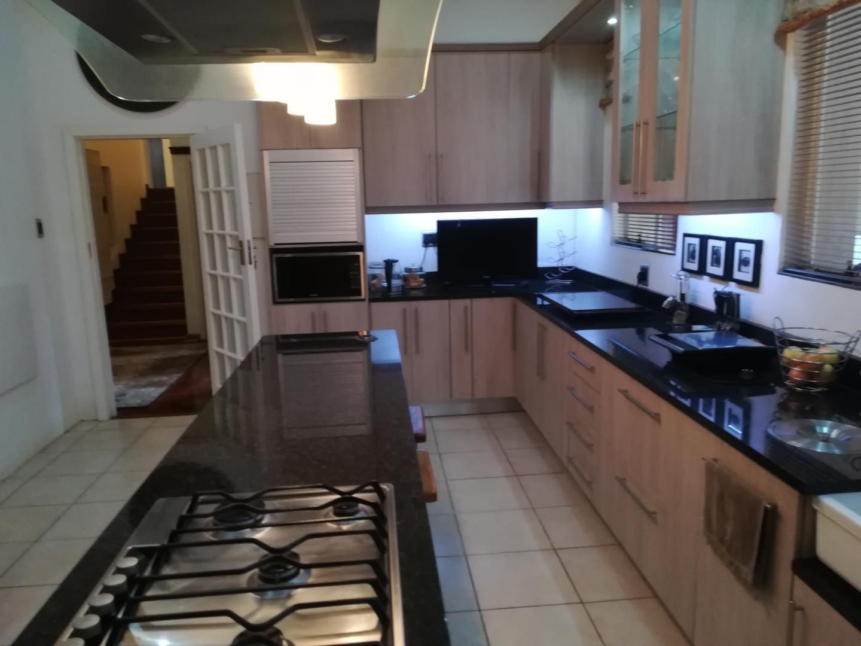 7 BedroomHouse For Sale In Sunridge Park