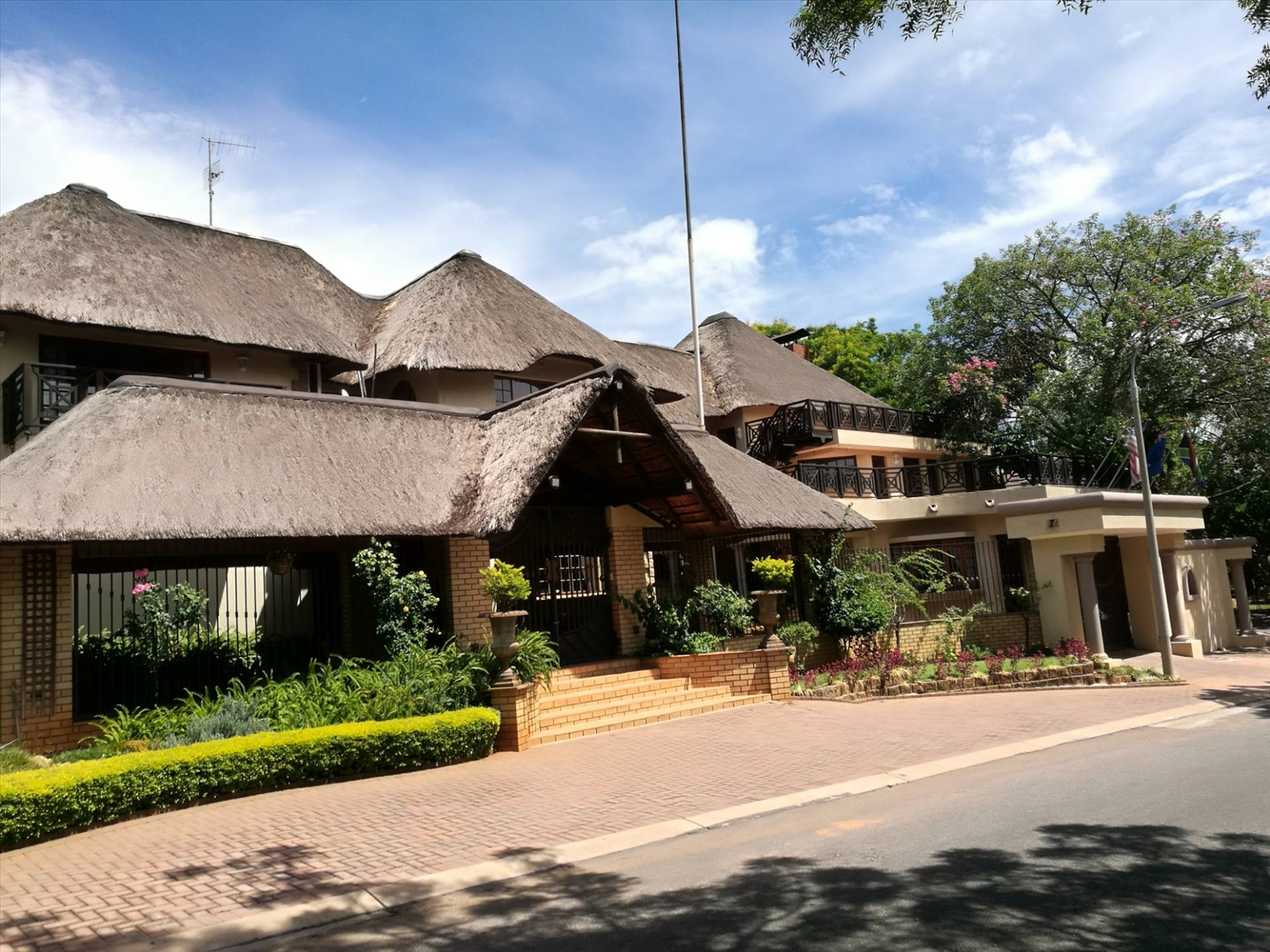 16 Bedroom House in Cashan, Rustenburg For Sale for R 14,500,000 #1862286