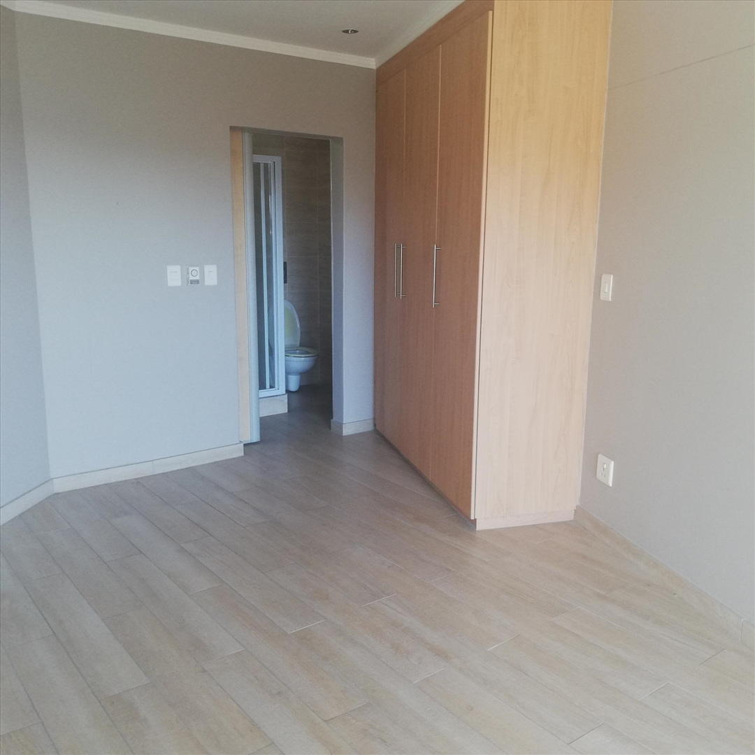 Sandhurst Apartments: 1 Bedroom Apartment In Sandhurst, Sandton Rental Monthly