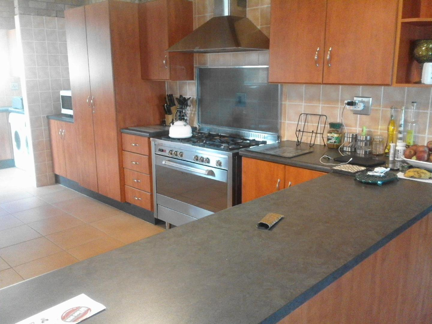 7 BedroomHouse For Sale In Seaview