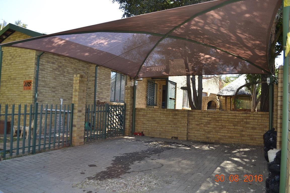 3 BedroomTownhouse For Sale In Geelhoutpark