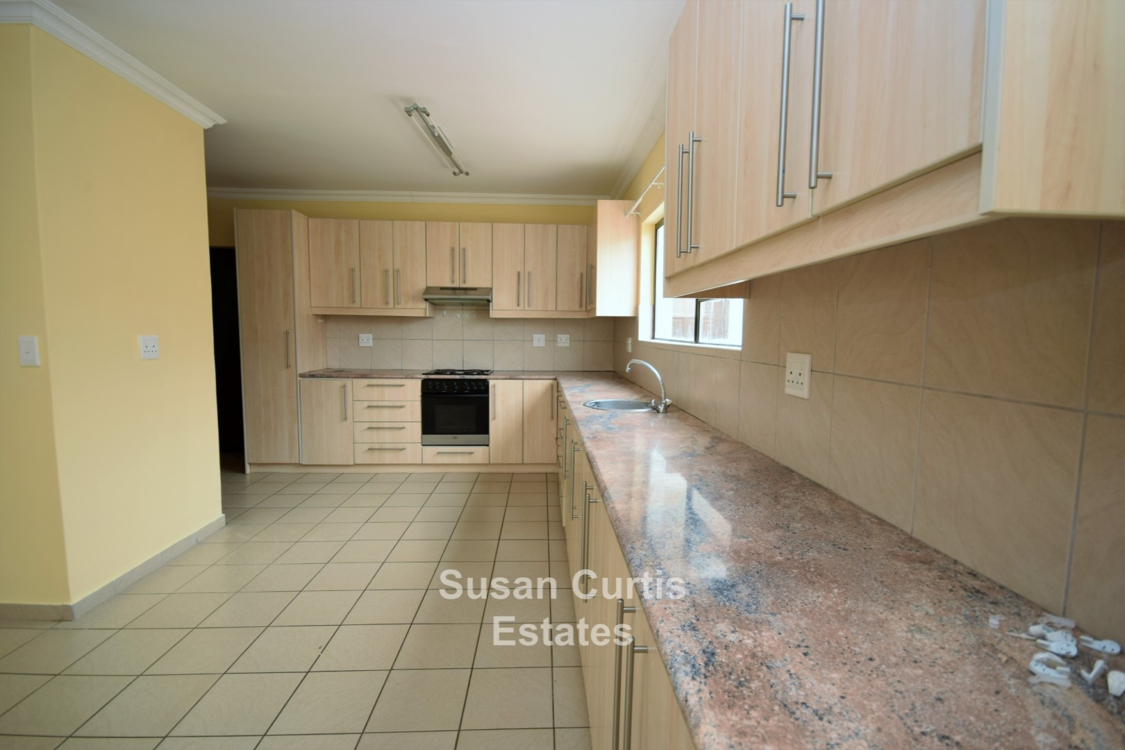 KITCHEN, LOTS OF CUPBOARDS