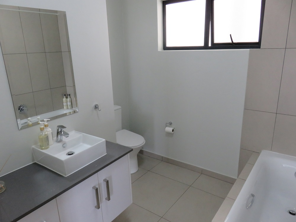2 Bedroom Apartment for sale in North Riding 1831168 : photo#8