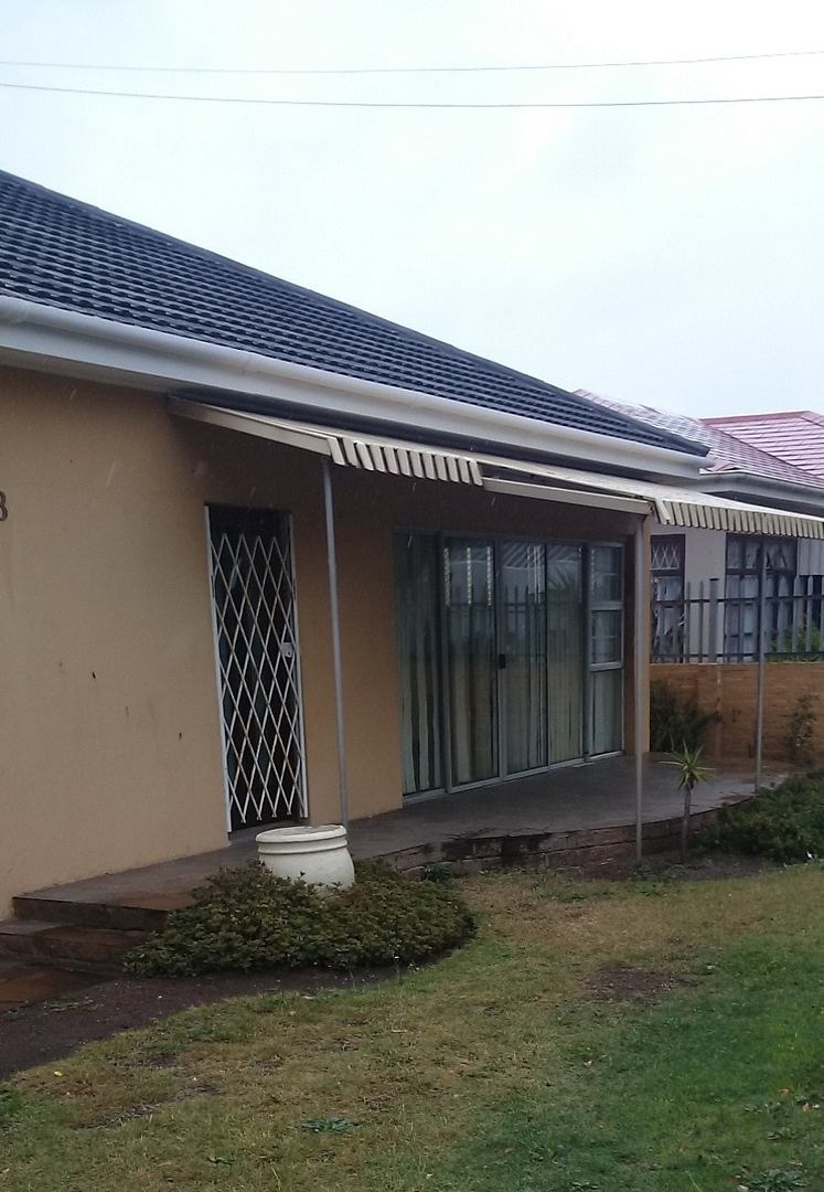 4 BedroomHouse For Sale In Newton Park