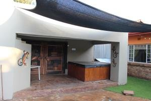 3 BedroomHouse For Sale In Mooinooi