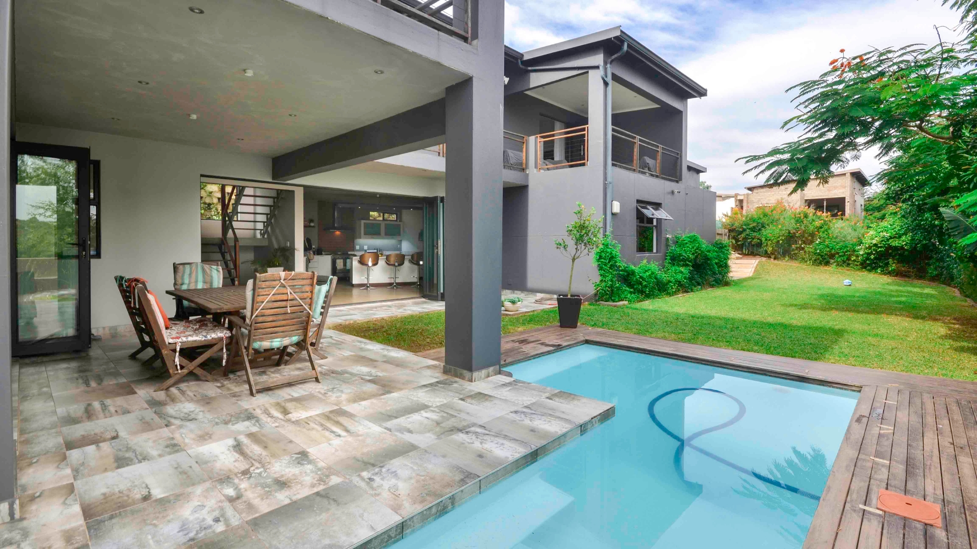 4 BedroomHouse For Sale In Palm Lakes Estates
