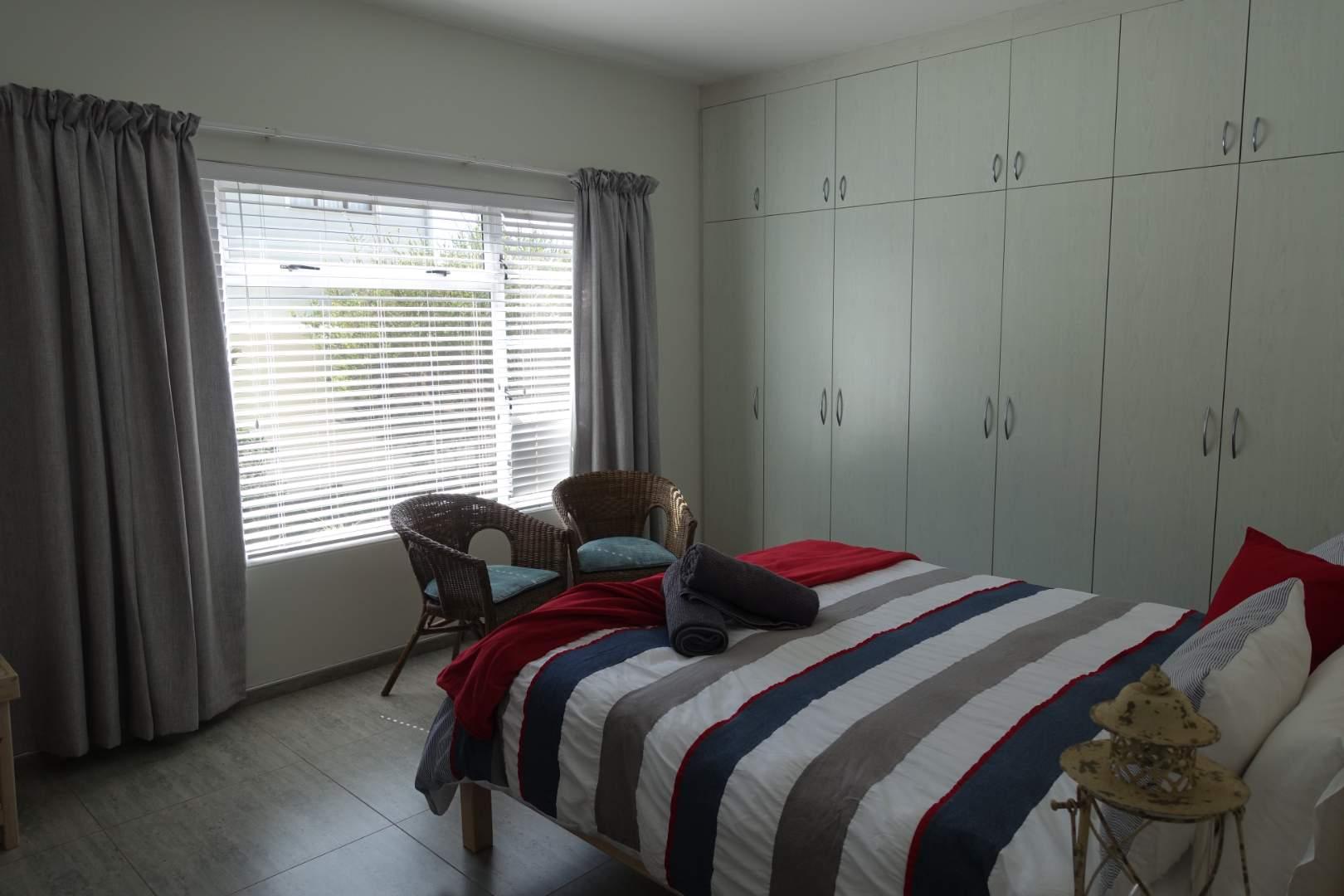 Ground floor Unit main bedroom on-suite