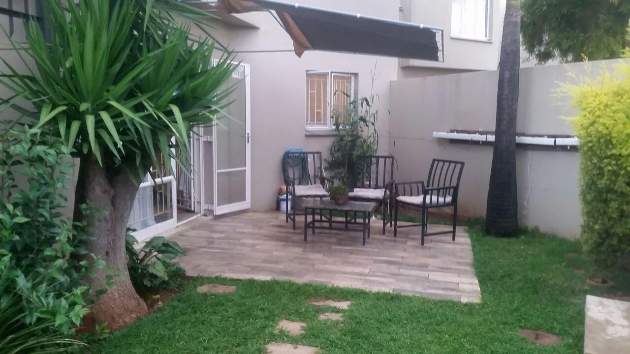 7e883a9df1 PET FRIENDLY CORNER DUPLEX IN CENTURION   PIERRE VAN RYNEVELD
