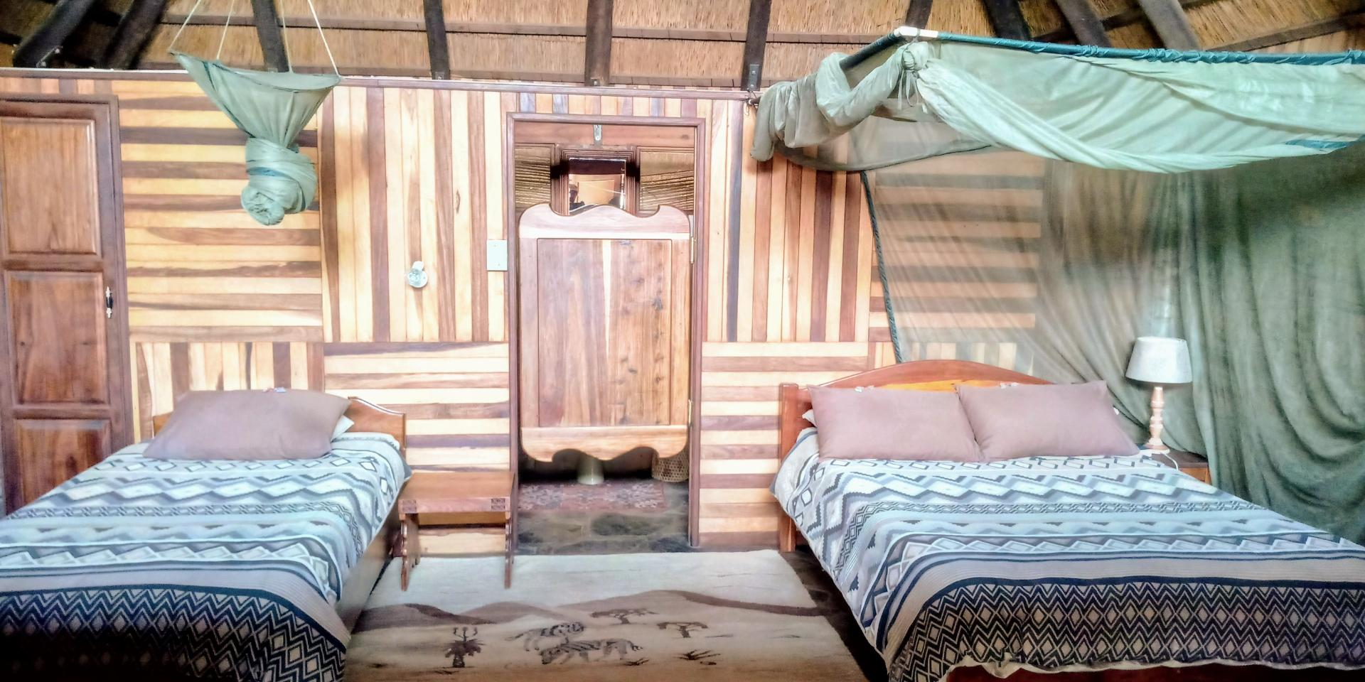 Twin beds bungalows