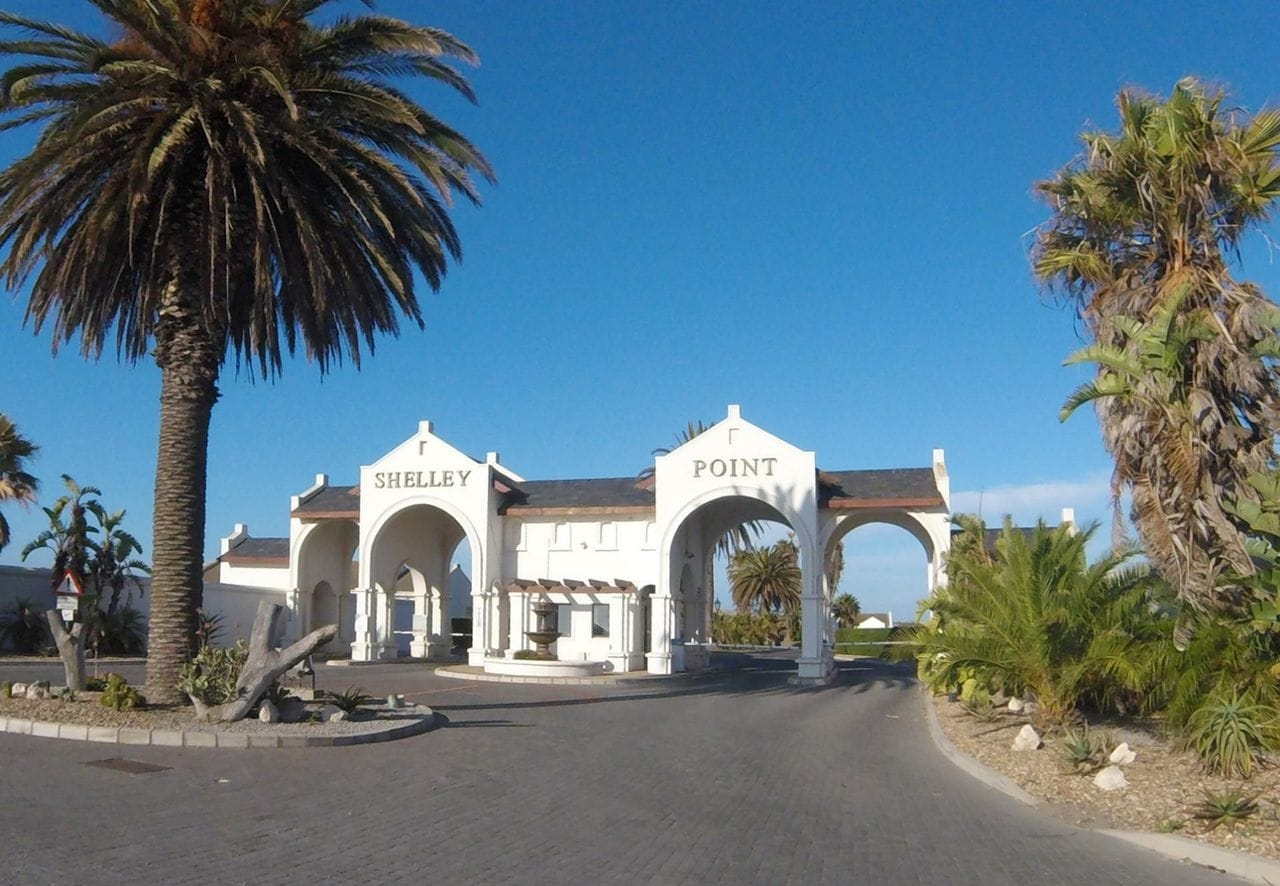 Main entrance to Shelley Point Golf Estate