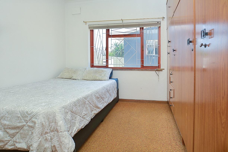 1 Sonskyn Guest Room 3.jpeg