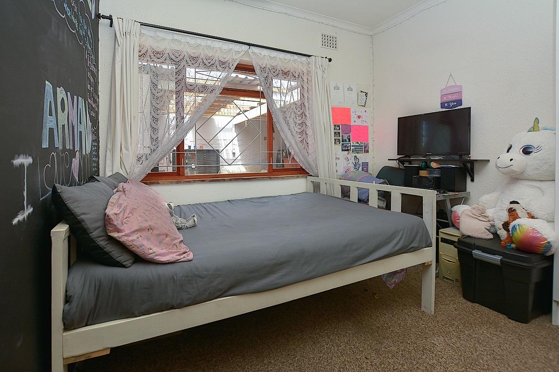 1 Sonskyn Bedroom 2.jpeg
