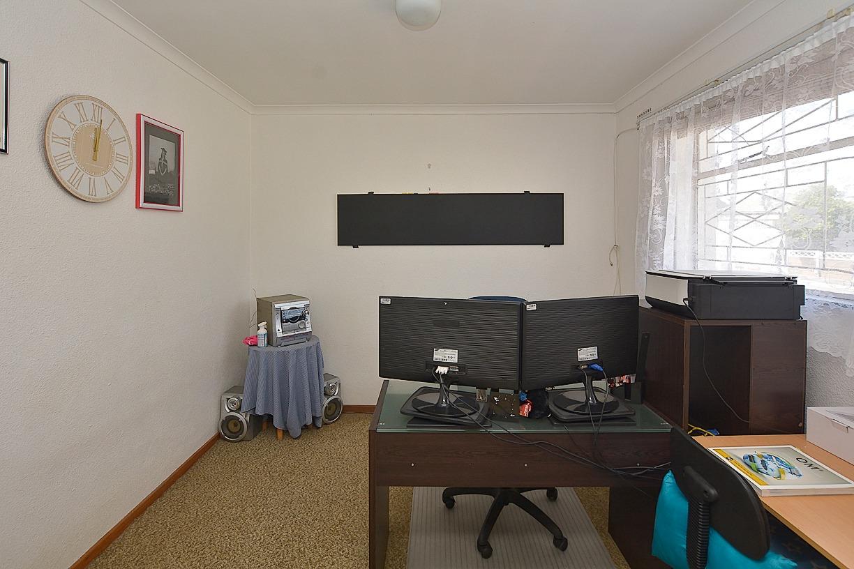 1 Sonskyn Flat Living Room.jpeg