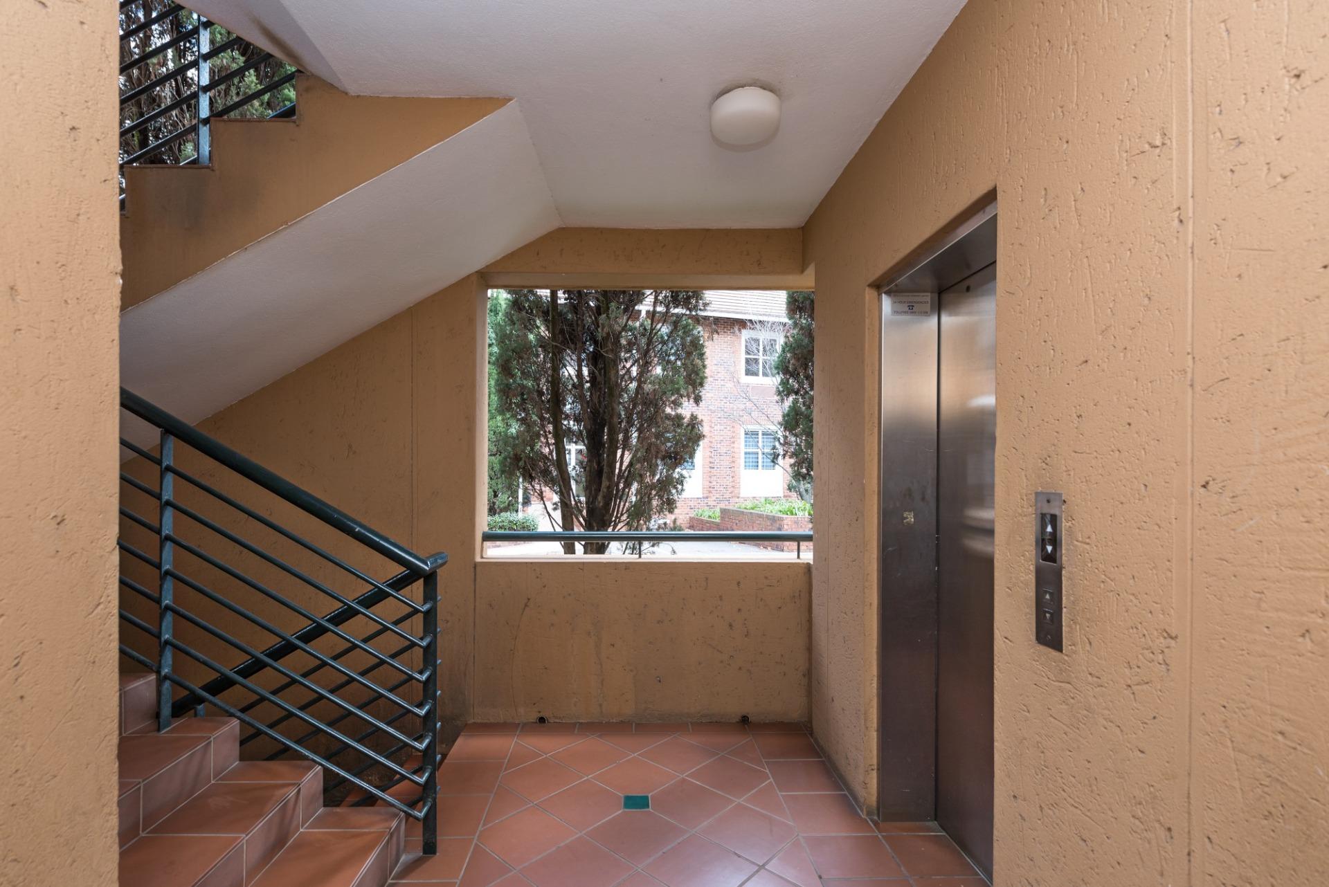 3c the riviera robert lift.jpeg
