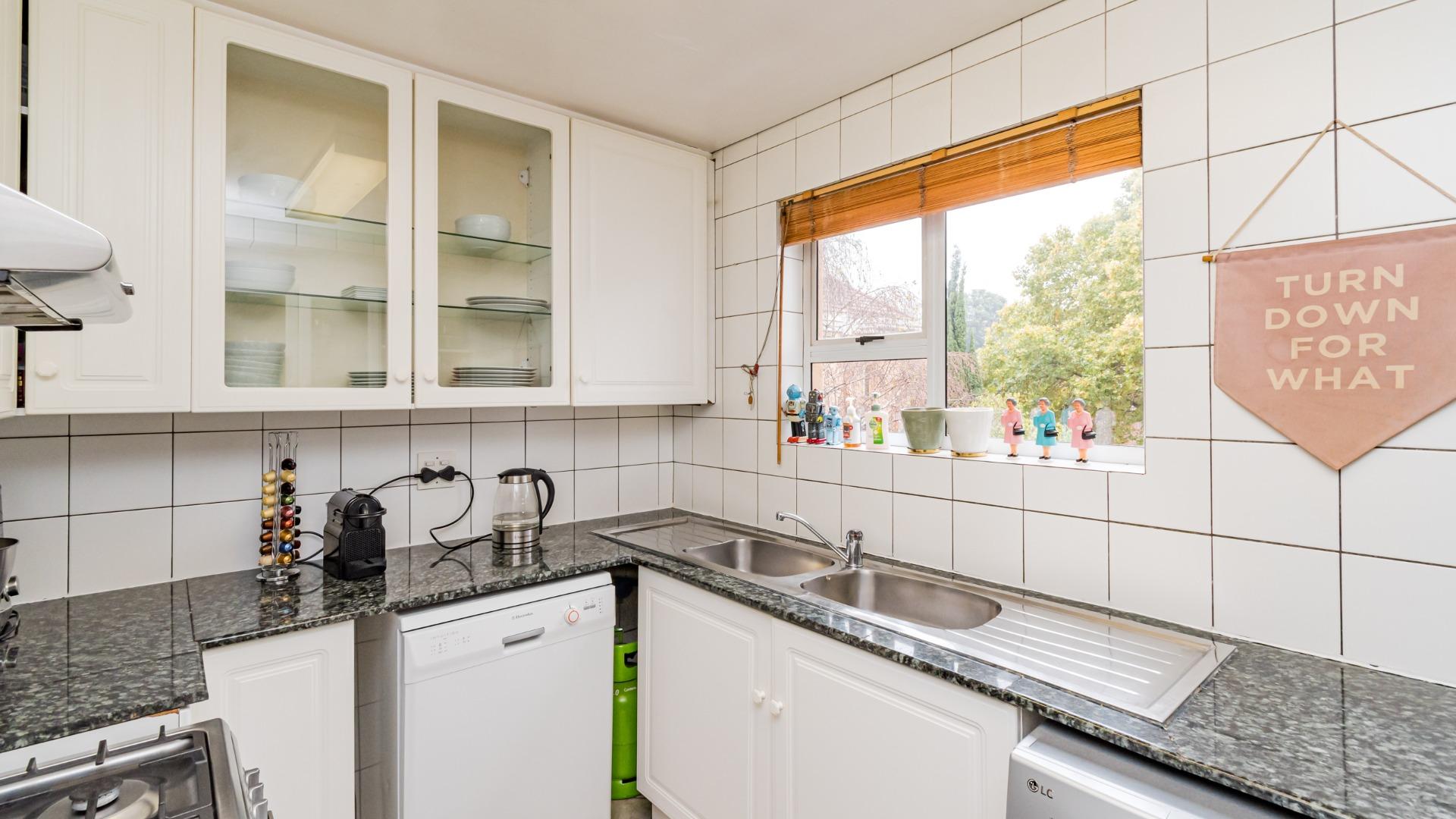 savvas kitchen again.jpeg