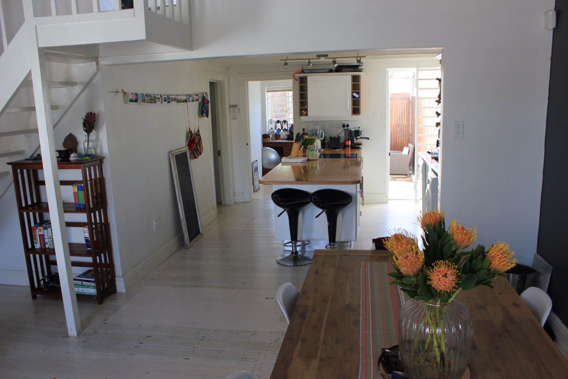 House Pending Sale In Sea Point Cape Town Western For R 6250000