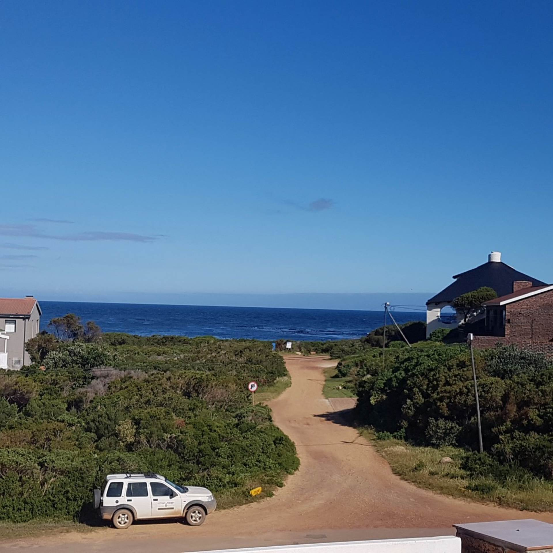 House For Sale In Bettys Bay, Bettys Bay, Western Cape for R 2,350,000