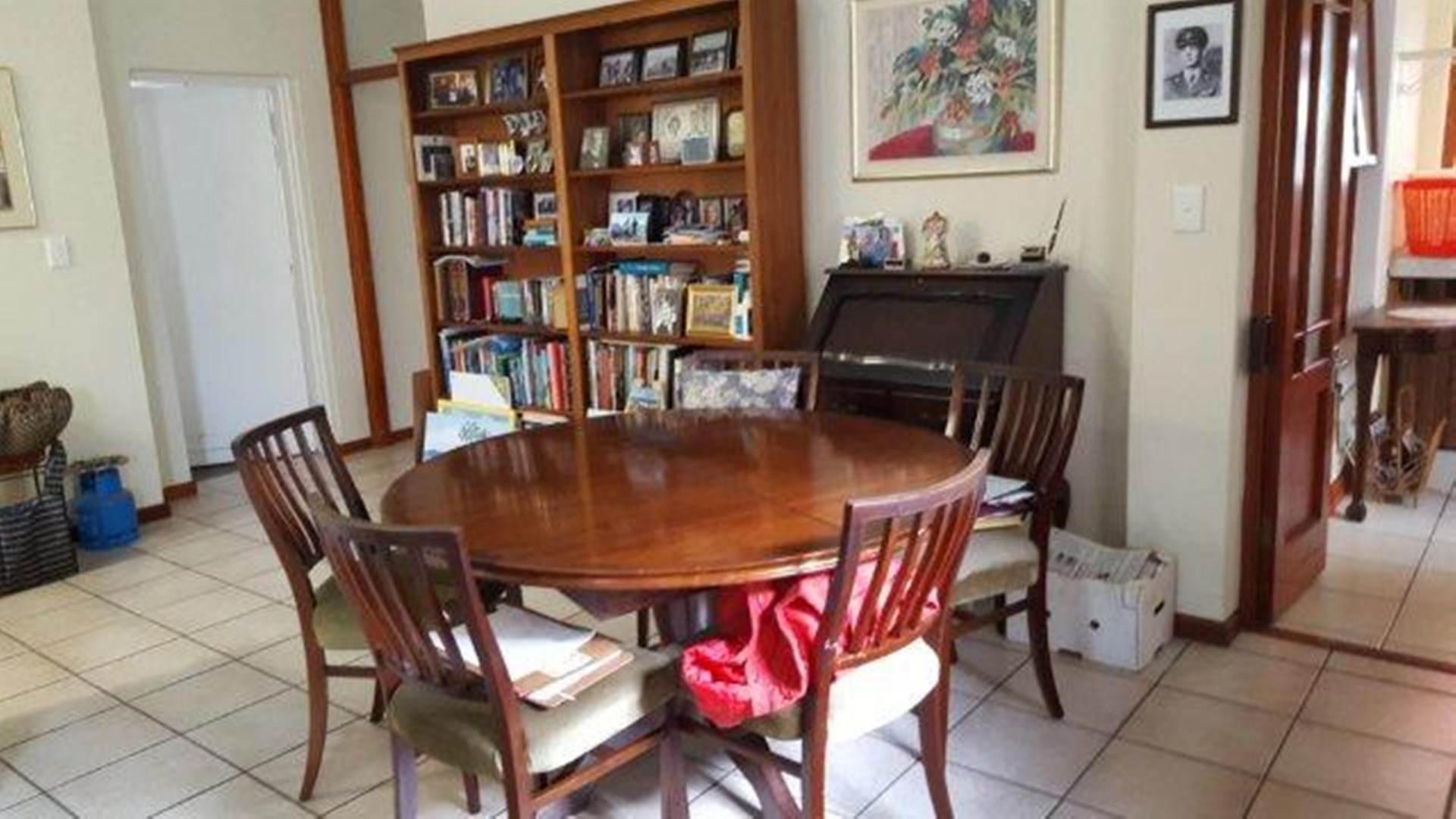 House Pending Sale In Sandbaai Hermanus Western Cape For R 1600000