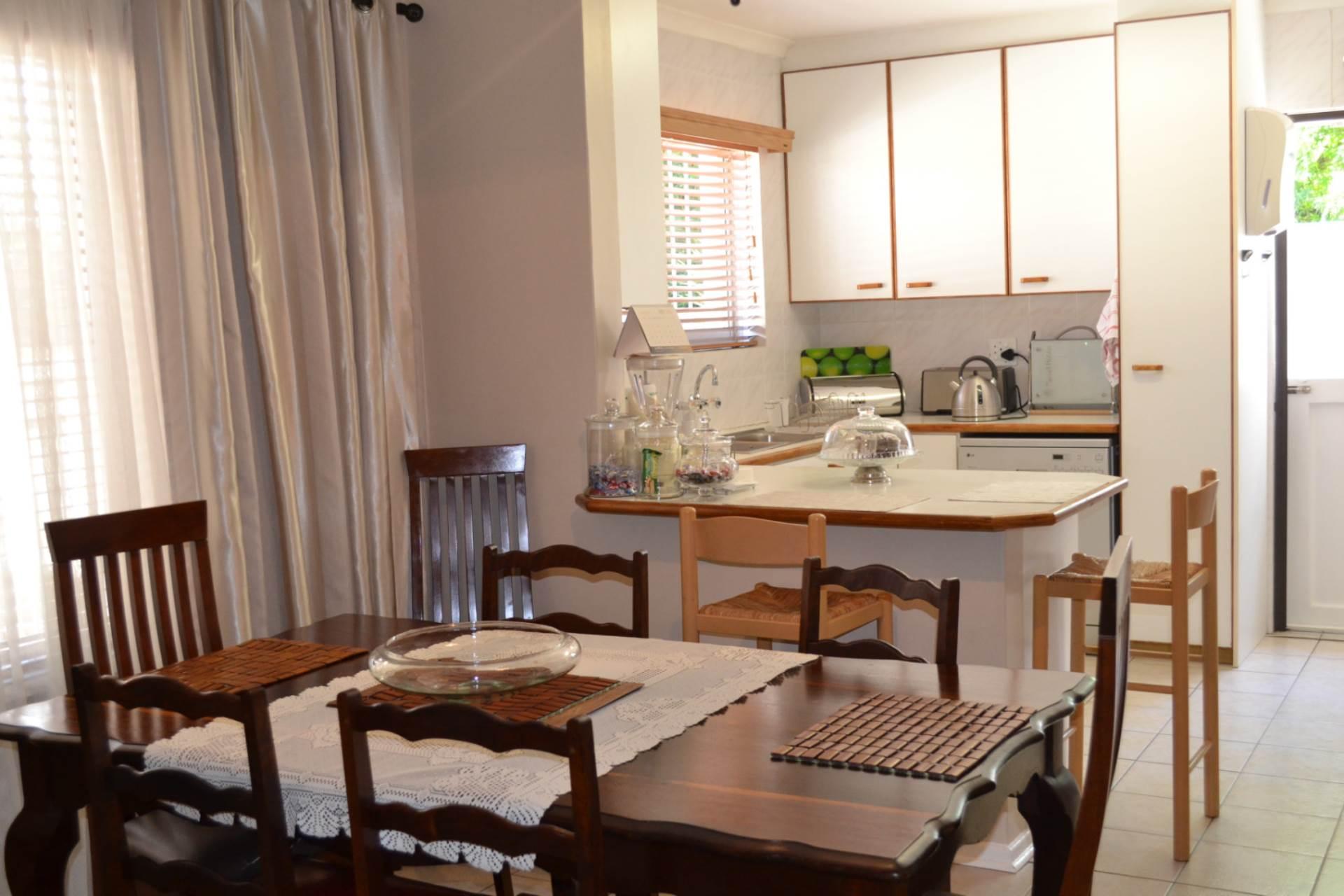 Townhouse For Sale In Loevenstein Bellville Western Cape R 2290000