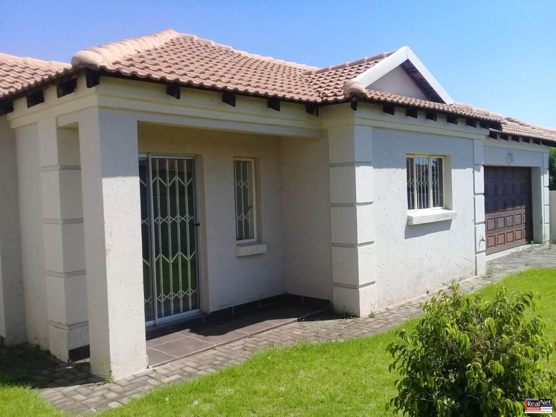 Townhouse To Rent In Hoeveld Park Ext Witbank For R 8 500 1070266