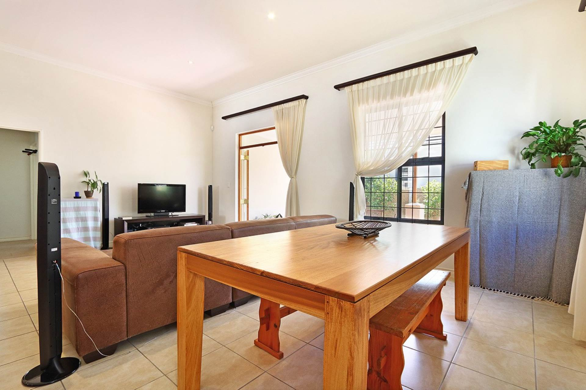 Townhouse For Sale In Royal Ascot Milnerton Western Cape R 3295000