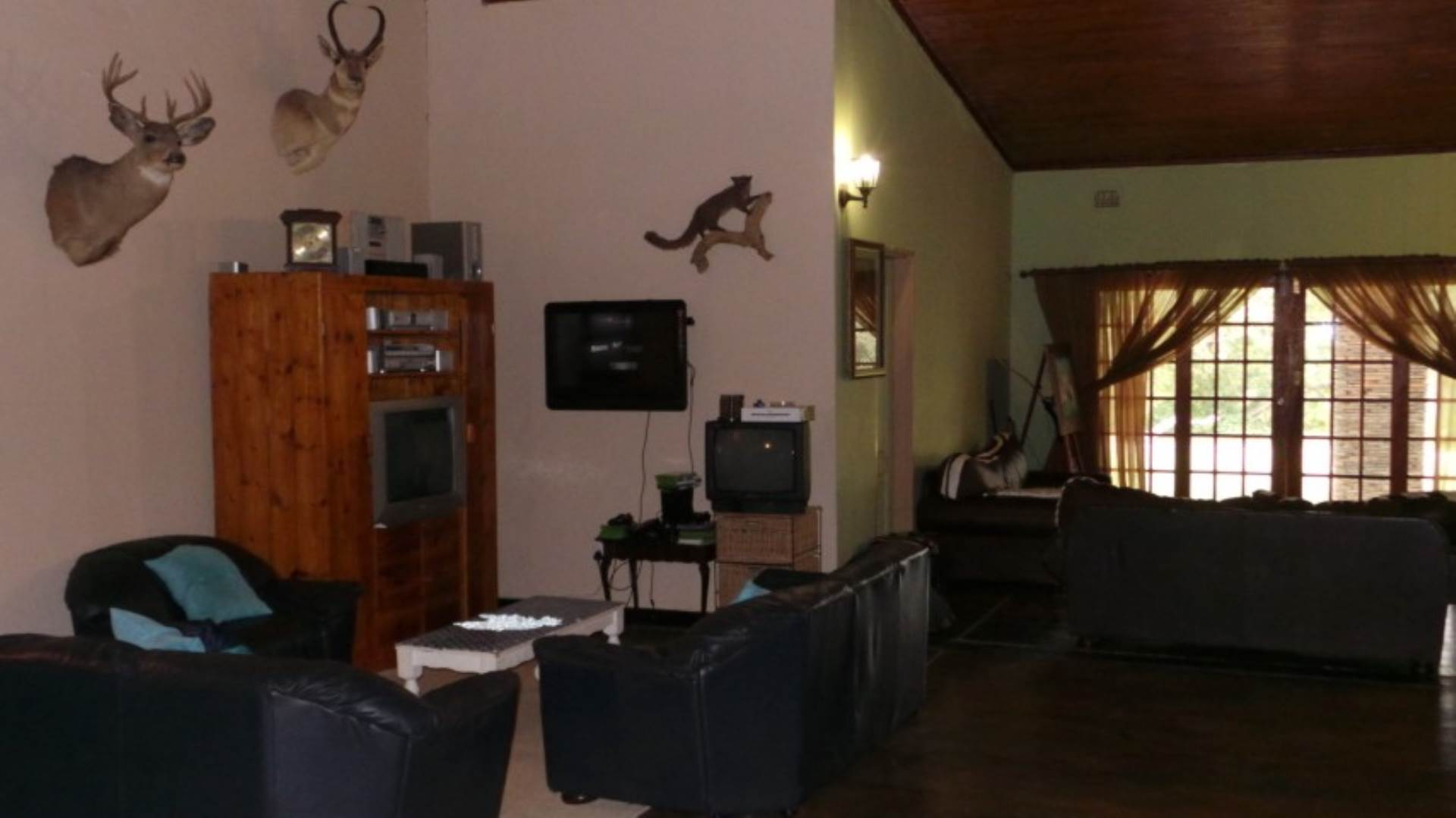 House For Sale In Guernsey Hoedspruit Limpopo R 3200000