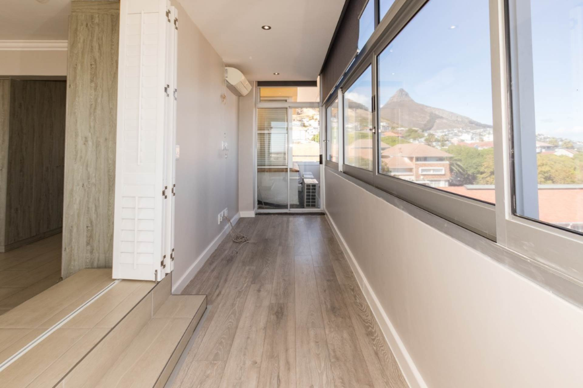 penthouse to rent in green point cape town western cape for r